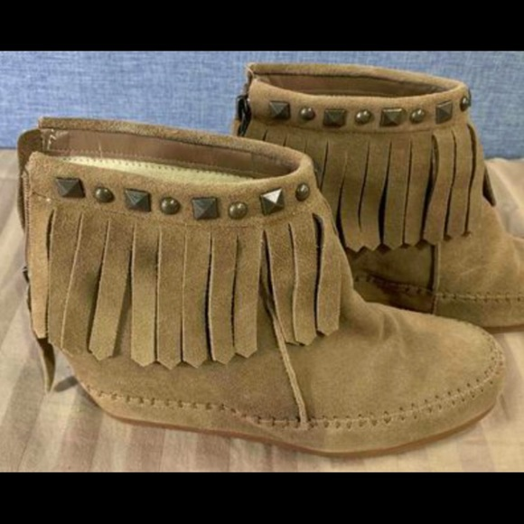 Crown Vintage Fringe Studded Booties Size 8.5